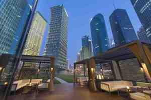 shanghai-fine-dining-qi-bar-terrace-01