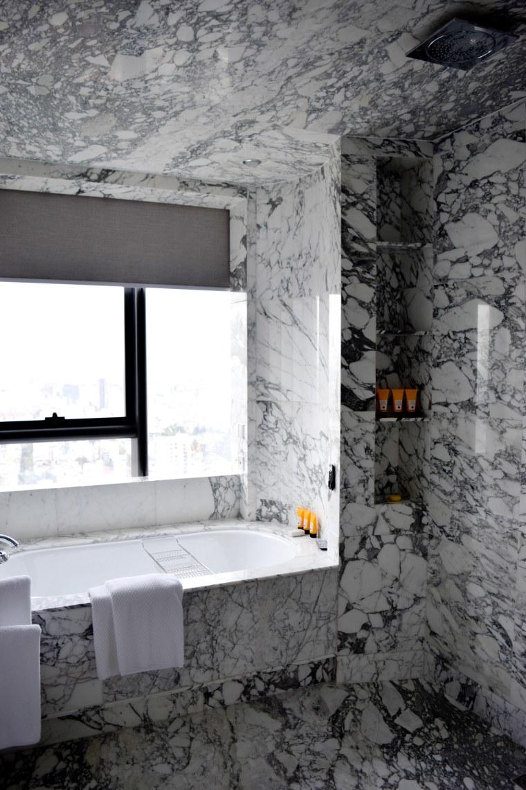 Marble laden bathtub