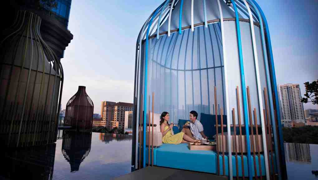 16.  PARKROYAL on Pickering Facilities_Dedicated Wellness Floor_Pool Cabana_Couple.jpg