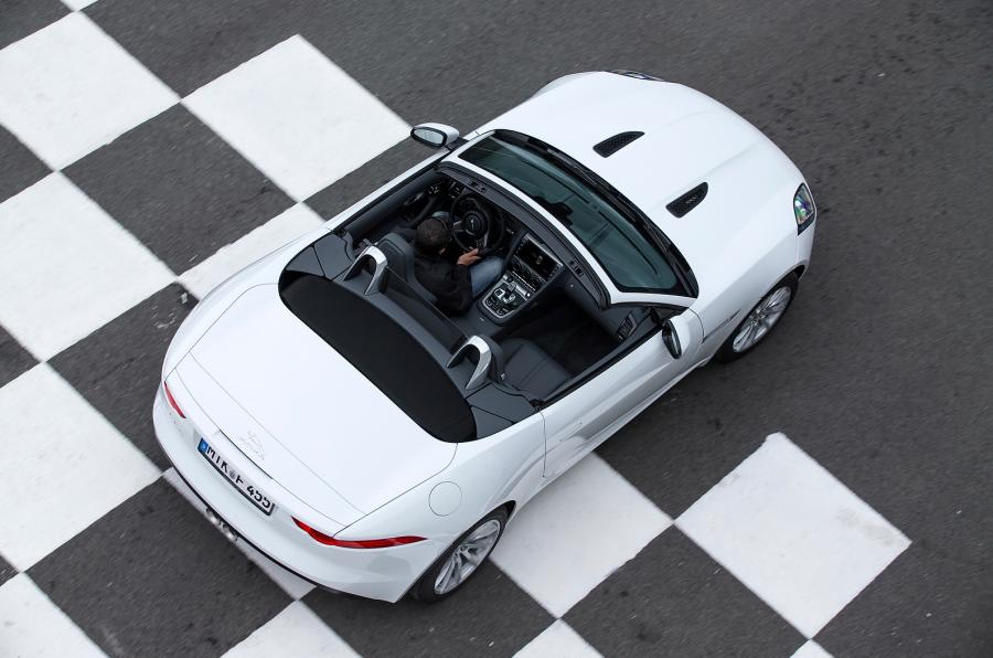 Jaguar F-Type V6 (www.autocar.co.uk).jpg