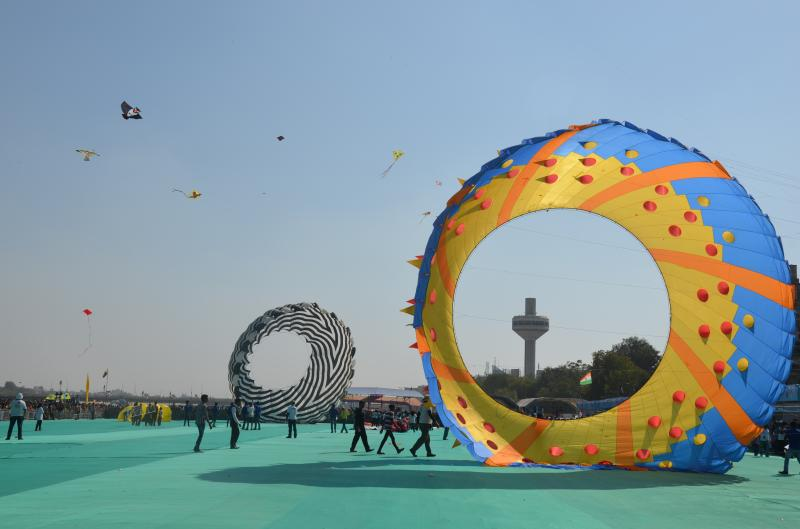 International_Kite_FestivalIndia.jpg