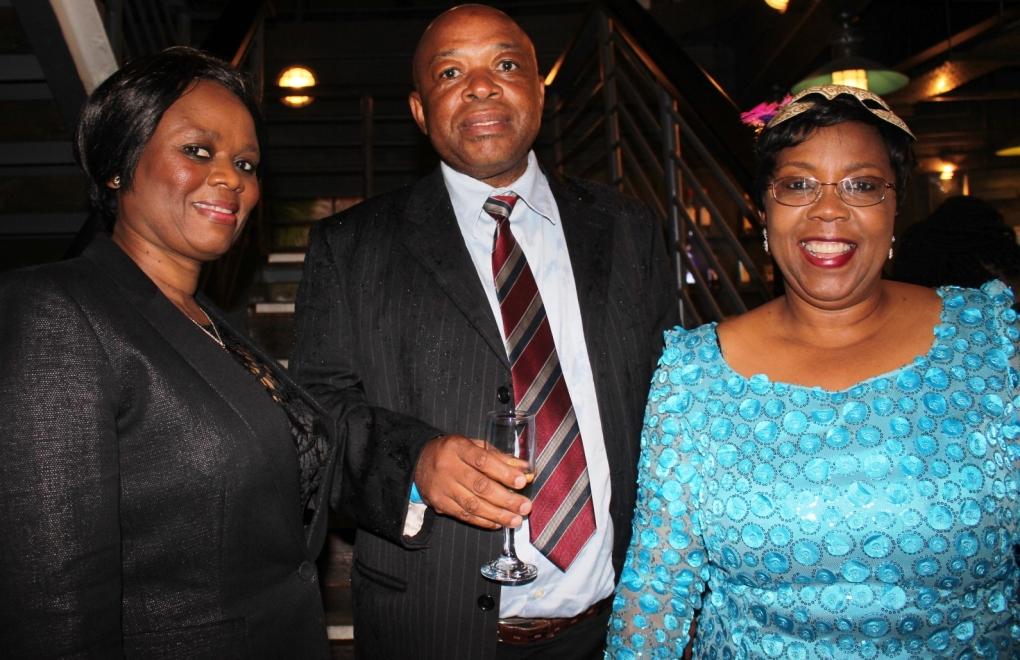 Mamma Mokaba, Gladman Buthelezi, Stella Khumalo.JPG