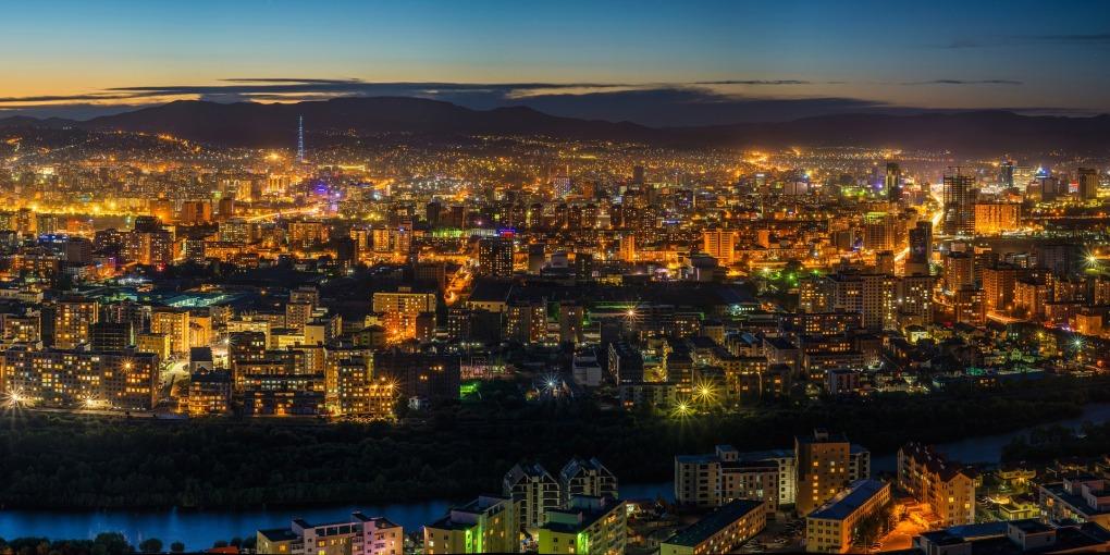 night-view-2172718_1920.jpg