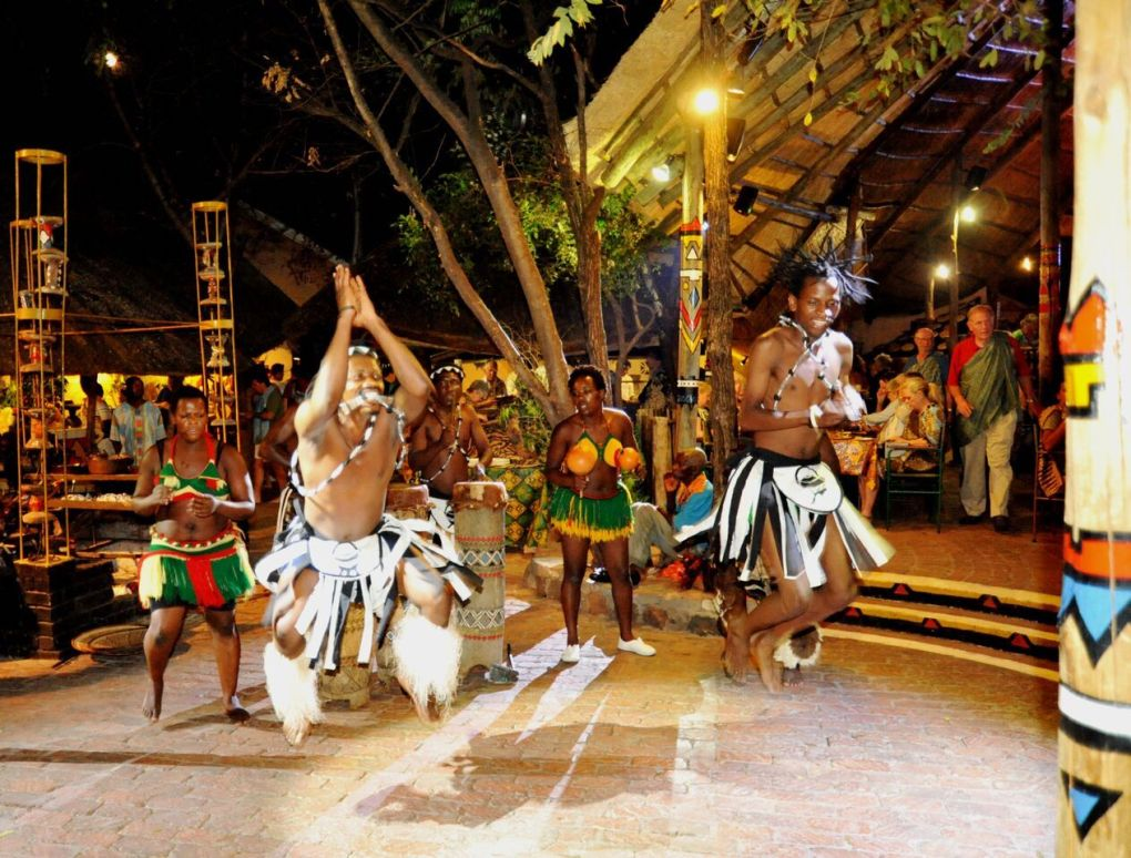 The Boma - Dinner & Drum Show - dancers 1