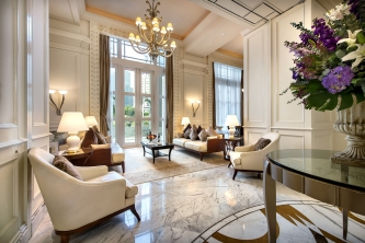 Presidential Suite (Living Room)