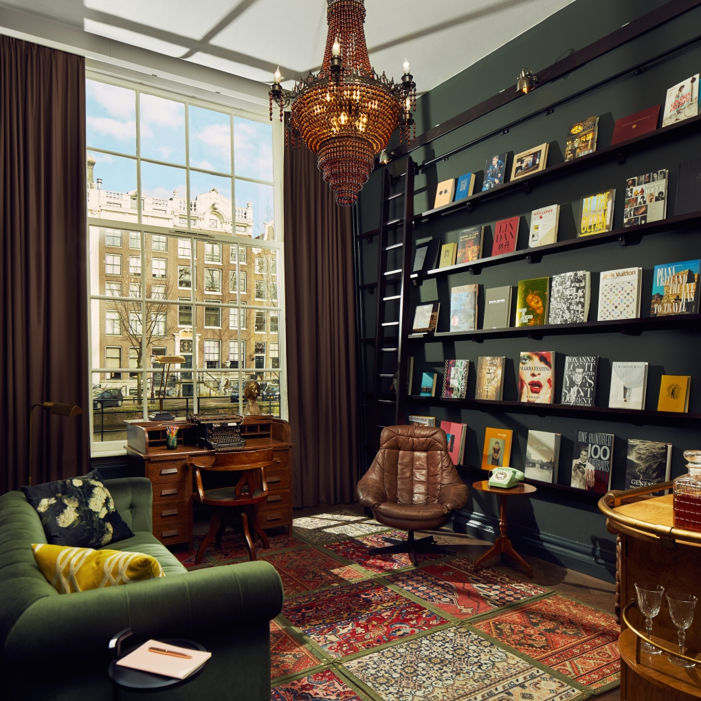 Suites - Book Collectors - Study